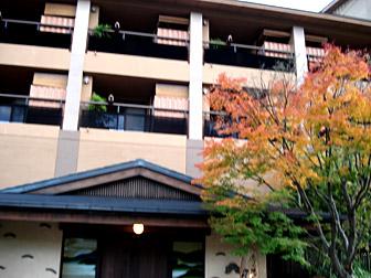 hotel_ent.jpg